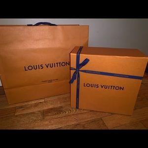 Louis Vuitton box,bow and bag